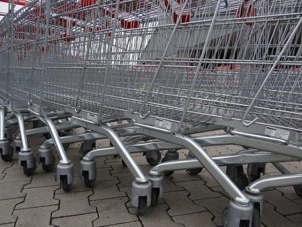 Here are tips for avoiding grocery store meltdowns!