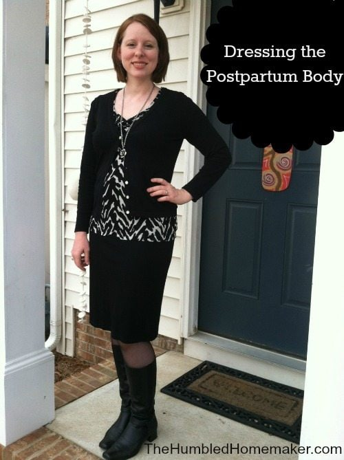 So helpful! I hate looking pregnant when I'm not! These tips are great for dressing the postpartum body!