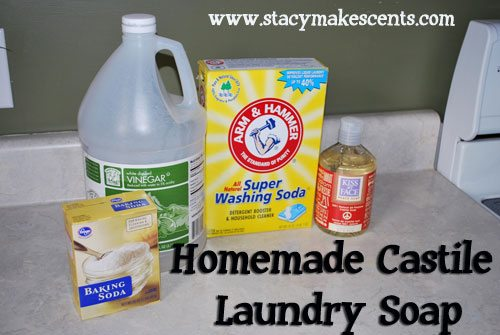 5 Unique Homemade Laundry Detergent Recipes-includes both liquid and powder and cloth-diaper safe