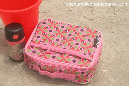 lunch box and thermos from Mighty Nest