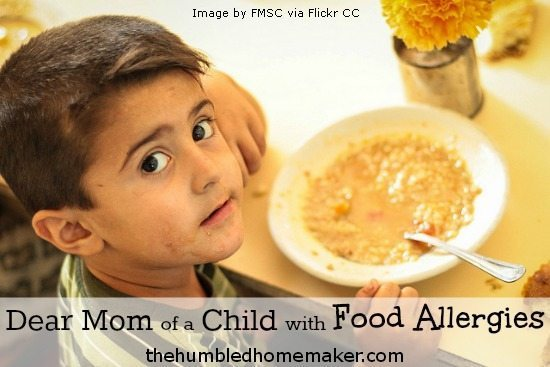 child with food allergies