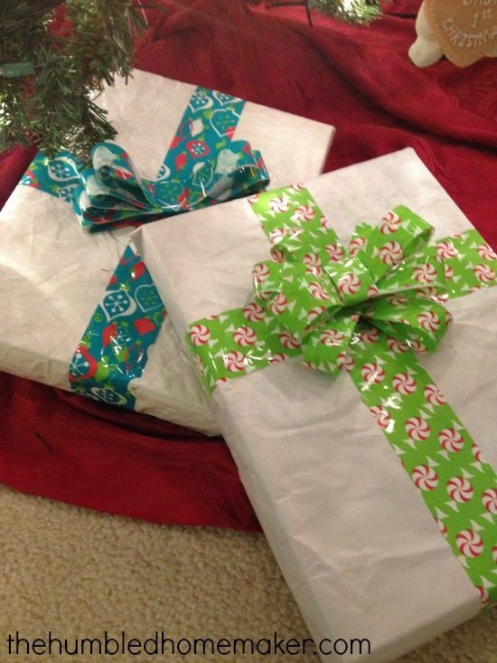 How To Upcycle Packing Paper Into Beautiful Gift Wrap