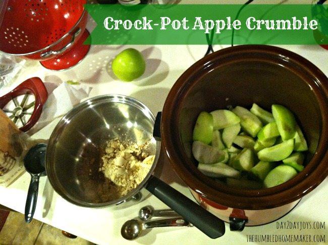 Easy Crock Pot Apple Crumble - TheHumbledHomemaker.com