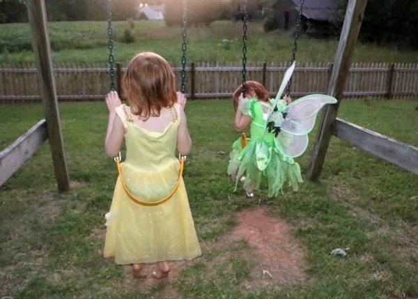 princesses swinging