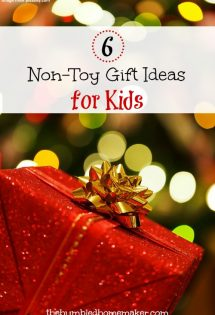 I think you will love these non-toy gift ideas for kids!Give your kids gifts that won't clutter up your home! They'll feel loved, and you'll not go crazy cleaning up after them!
