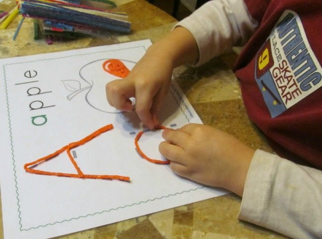 Develop your child's fine motor skills by giving them fun motor activities!