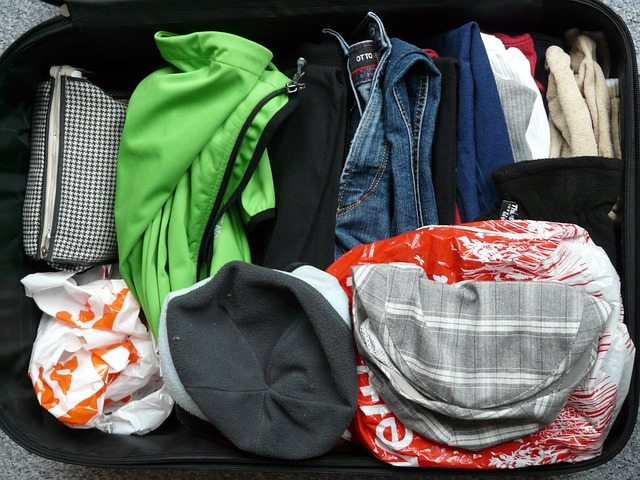 luggage-64354_640