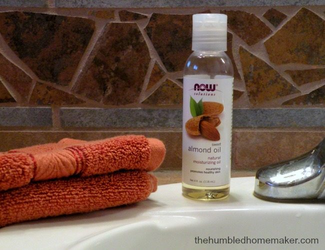 Want summer skin that glows? Try this frugal, non-toxic, one ingredient skincare routine!