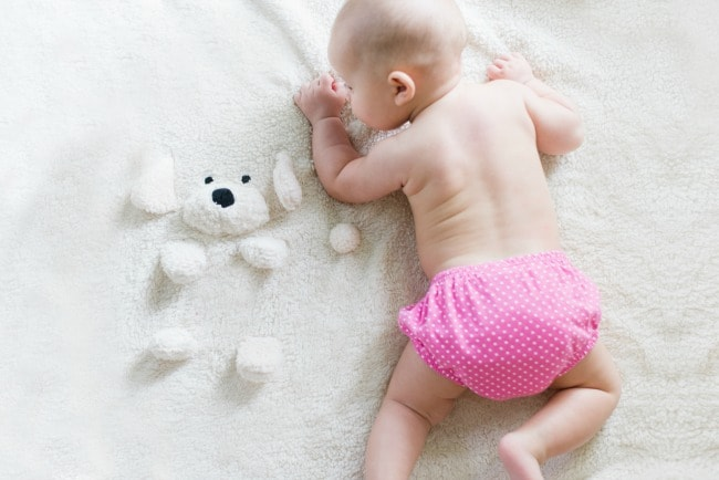 Want to try cloth diapers, but think they're not in your price range? Here's how to afford cloth diapers on a budget.