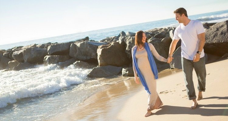Enjoy a romantic babymoon getaway with your spouse before baby arrives! Here are 5 essential tips.
