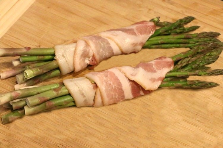 bacon-wrapped-asparagus-recipe-method
