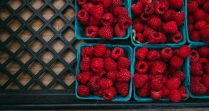 Practical Ways to Eat Well When You Can't Afford Organic Food