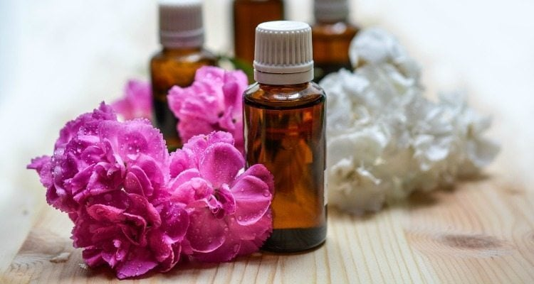 Essential Oils for New Moms