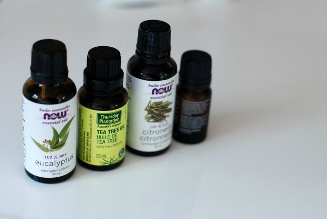 Essential oils are a good choice for beating a cold and preventing the flu. Check out these other natural remedies for staying well!