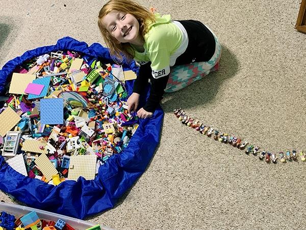 easy ways to organize LEGO - storage bag
