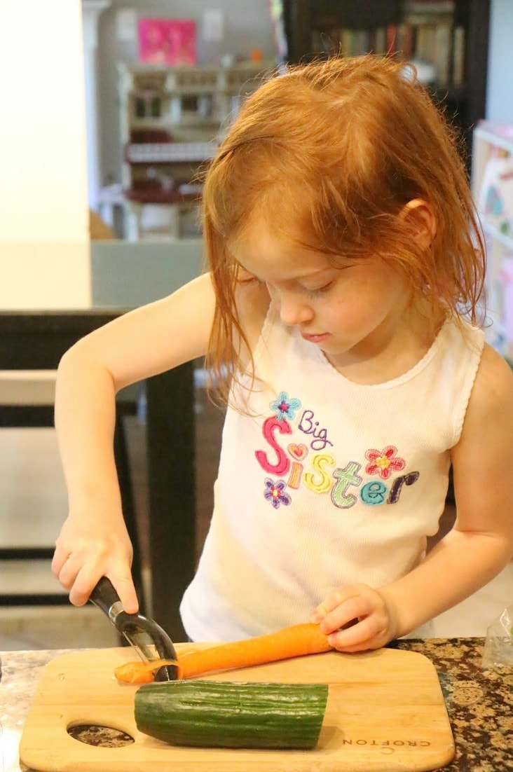 You can teach kids to cook! Here's how!