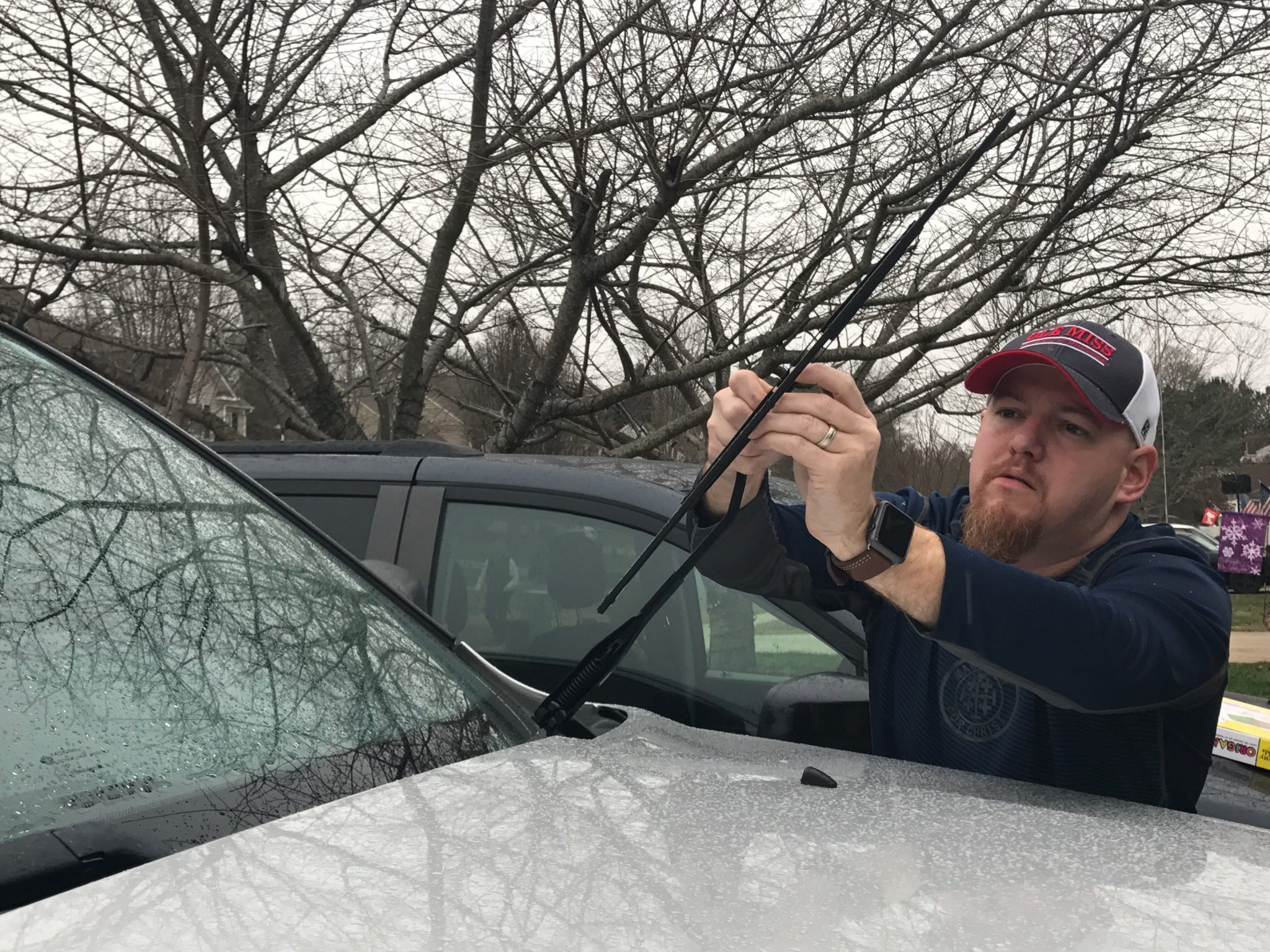 winterize-your-car-by-changing-windshield-wipers