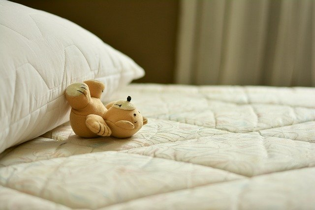 easily remove pee stains from mattresses