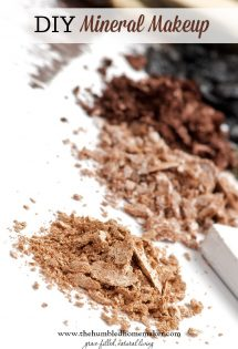 Making your own DIY mineral makeup, like powder foundation, is affordable, healthy ... and simple!