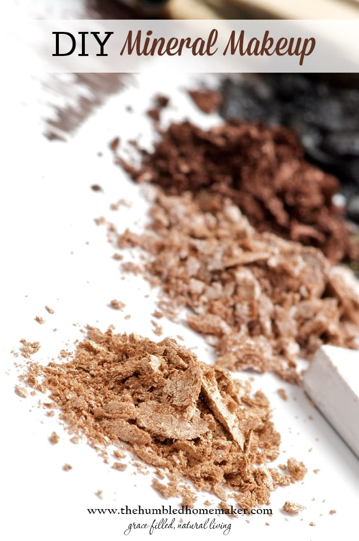 DIY Mineral Makeup | The Humbled Homemaker