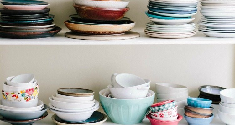 Updating a kitchen can get expensive! Here are five ways to update your kitchen for $100 or less!