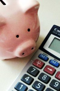 6 Practical Budgeting Tips from a Debt Free Mom